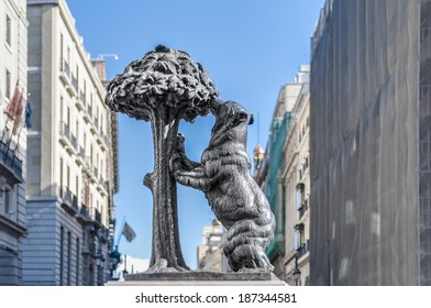 Statue of the Bear and the Strawberry Tree (Oso y el Madrono), sculpture which represents the heraldic arms of the city, installed on Puerta del Sol Square in Madrid, Spain.