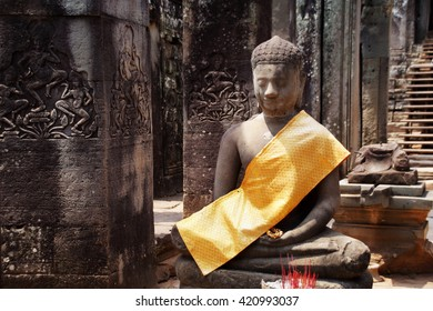 Statue of Buddha at Angkor Wat, Cambodia