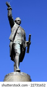 Statue of Captain Cook in Hyde Park, Sydney.