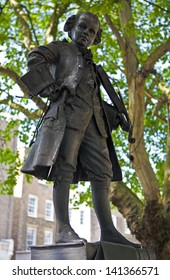 A statue of composer Wolfgang Amadeus Mozart in London.