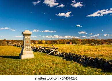 Statue and fence in a field in Gettysburg, Pennsylvania.