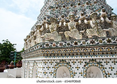 statue of Gian in white is art of Thai temple at Wat Arun