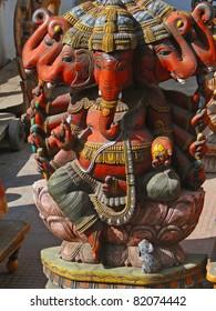 Statue of Hindu god Ganesh in Udaipur marketplace, Rajasthan, India, Asia