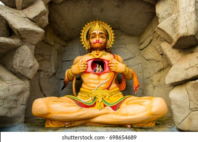 statue of Hindu God Hanuman, India