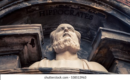 statue of Hippocrates