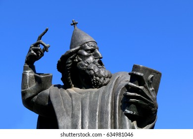 Statue of historic Croatian bishop Grgur Ninski. Landmark in Split, Croatia.
