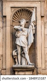 "Statue of the Italian politician Michele di Lando, first leader of the Ciompi Revolt, in a niche of the Loggia of the New Market (or ""Loggia del Porcellino"") in Florence city center, Tuscany, Italy"
