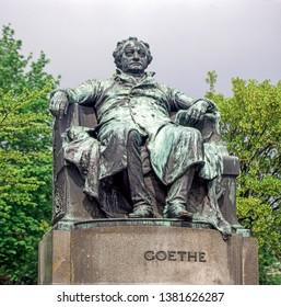 Statue of Johann Wolfgang von Goethe in park