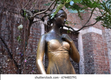 Statue of Juliet, Verona.
