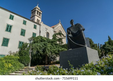 Statue of King Peter Kresimir, St. Frane Church & Monastery in the background, Sibenik, Croatia. 15th September 2017.