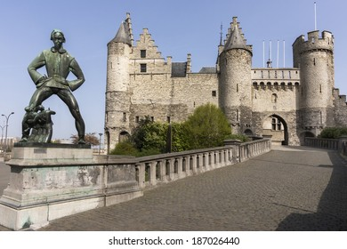 Statue of Lange Wapper in front of the castle in Antwerpen. Lange Wapper is a legend about a giant who irritates people, children, drunkards, and loose women. The sculptor is Albert Poels (1903-1984).