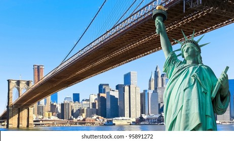 The statue of liberty and Brooklyn Bridge with New York City Manhattan skyline