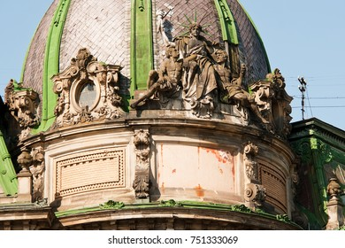 Statue of liberty on the top building in Lviv, Ukraine