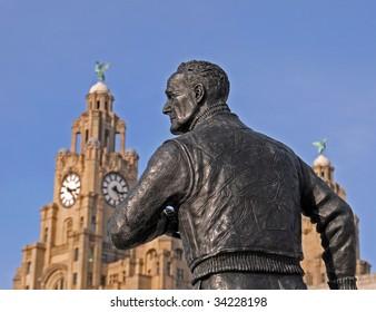 Statue in Liverpool