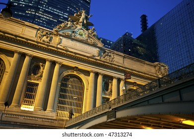 Statue of Mecury at the Grand Central Station in New York City.