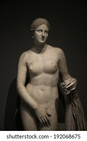 Statue Of Nacked Venus At Black Background Rome Italy 2014
