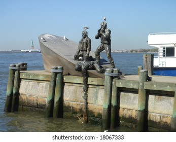 Statue in New York harbour