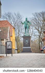 Statue in the old town of Fredrikstad, Norway, Fredrikstad - 26/10/2018