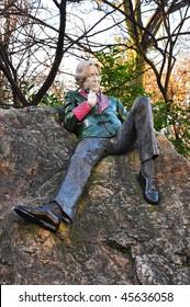 Statue of Oscar Wilde by Danny Osborne in Dublin's Merrion Square (Archbishop Ryan Park)