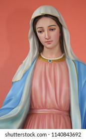 Statue Our Lady of Grace Virgin Mary