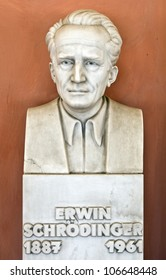 Statue of physicist Erwin Schrodinger at Vienna University