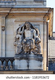 Statue positioned by the balustrade of the Palais Royal (1767-1769) Palais Royal or Palais Cardinal was personal residence of Cardinal Richelieu in Paris. Located opposite the north wing of the Louvre