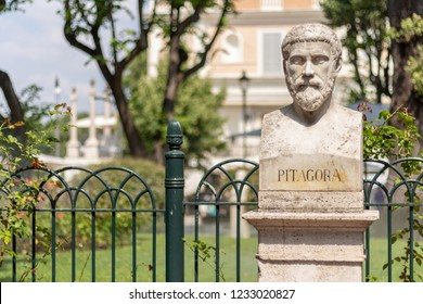 Statue of Pythagoras ( Pitagora ) in Rome, Italy
