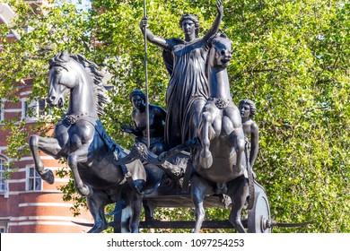 Statue of Queen Boudica in London
