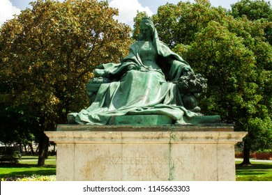 The statue of Queen Elisabeth (Sissi) Habsburg empress and Hungarian queen in Budapest, Hungary Eastern Europe.