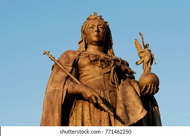 Statue of Queen Victoria, Grand Avenue, Hove, England 2017. Bronze statue of Queen Victoria commemorating her diamond jubilee in 1897 but not completed until 1901 the year of her death.