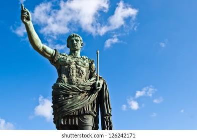statue of the roman emperor Julius Caesar