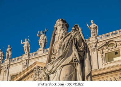 The statue of Saint in Roman Catholic. The sculptures locate in front of St. Peter's Basilica, Vatican city.