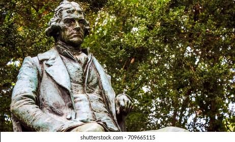 Statue of a seated Thomas Jefferson, University of Virginia