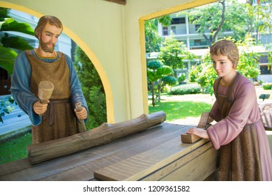 Statue of St. Joseph, Our Lady and Jesus are working wood,Our Lady, Saint Joseph and the Infant Jesus, Joseph Mari and Jesus,Thailand