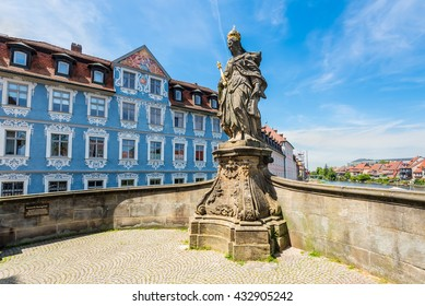 "Statue of St. Kunigunde at the bridge to the ""Old Townhall"" at the Regnitz river, Bamberg, Upper Franconia, Bavaria, Germany."