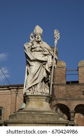 Statue of St Petronius, Bologna, Italy