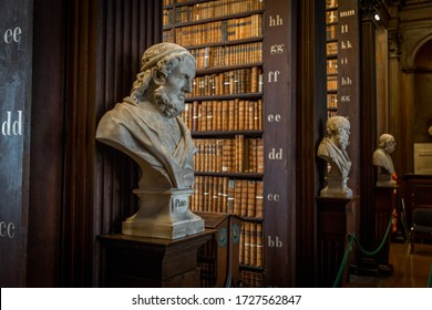 Statue in Trinity College Library, Dublin, Ireland, september 2016