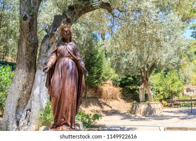 Statue of the Virgin Mary in yard of The House of the Virgin Mary. The House of the Virgin Mary (Meryemana), believed to be the last residence of Mary, mother of Jesus. Ephesus, Turkey