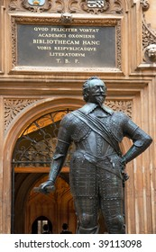 Statue of William Herbert, 3rd Earl of Pembroke. Bodleian Library, Oxford, UK
