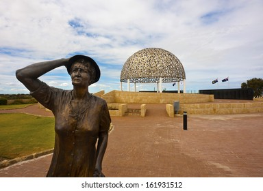 Statue of a woman waiting for her loved ones to return. HMAS Sydney 2 memorial, Geraldton, WA.