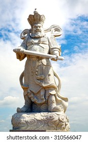 Statues of Chinese deities