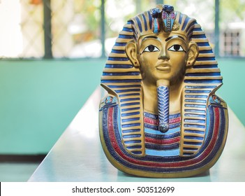 Statues of king pharaoh ,With place your text (history, pharaoh, egypt)
