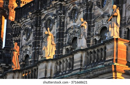 Statues of saints on the roof of Dresden Cathedral