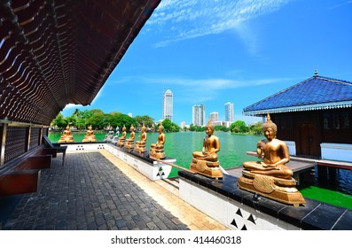The Statues Of Seema Malakaya At The Gangarama Temple In Beira Lake, Seema Malakaya Is The One Of Beautiful Religious Structures In Colombo