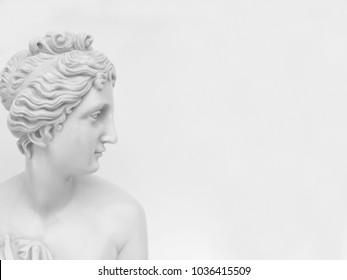 Statuette - white