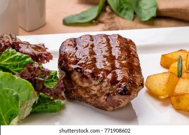 Steak filet Mignon grill