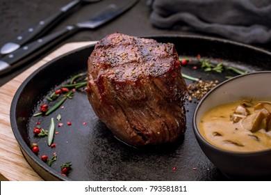 steak filet Mignon mushroom sauce
