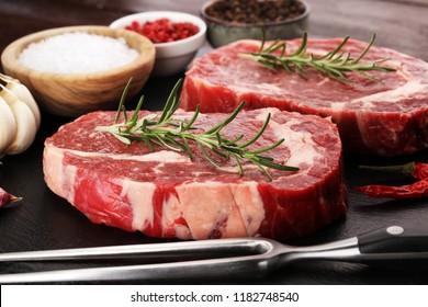 Steak raw. Barbecue Rib Eye Steak, dry Aged Wagyu Entrecote Steak