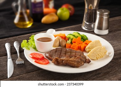 Steak with vegetables and spices