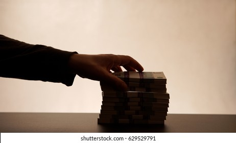 Stealing money from the stack